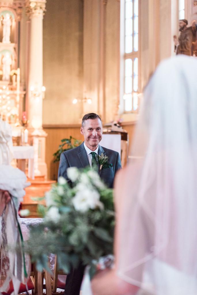photo-mariage-cérémonie-eglise-sainte-marthe-0002