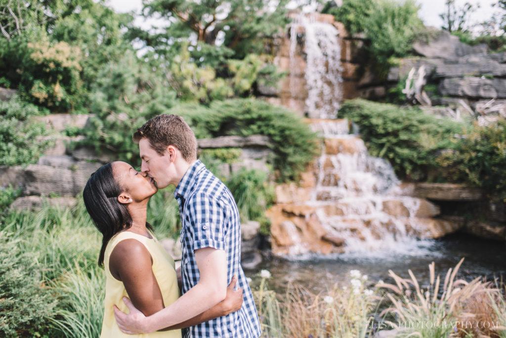 couple-engagement-fiancailles-jardin-botanique-montréal-photo-4357