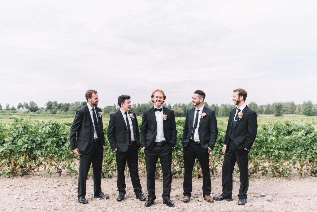 mariage-cortege-garc%cc%a7on-honneur-vignoble-orpailleur-dunham-photo-3264