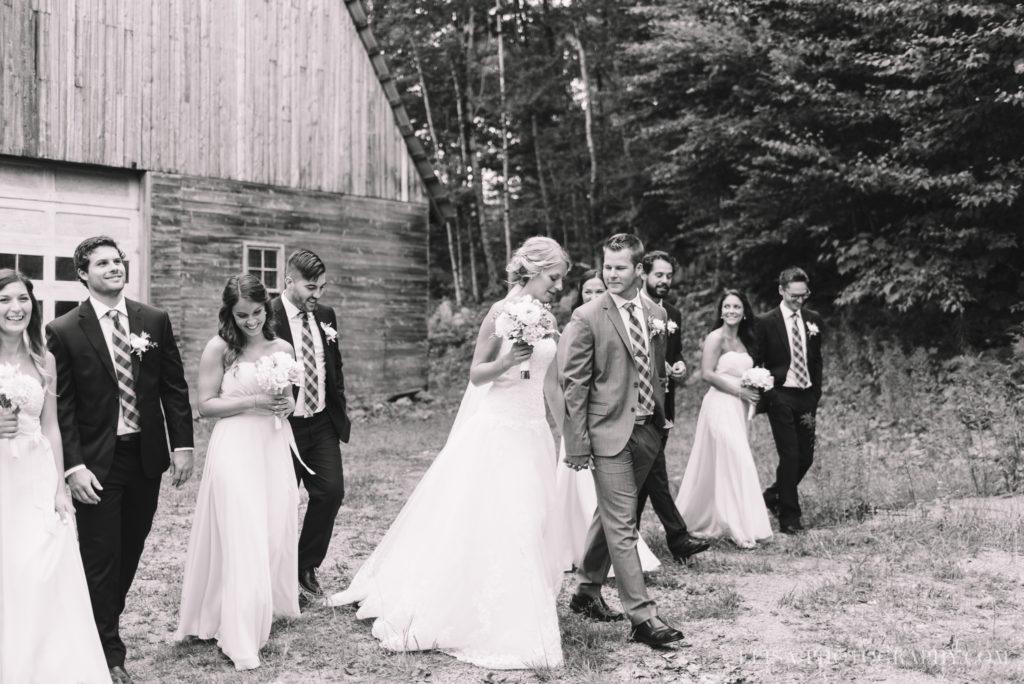 mariage-duchesnay-first-look-cortege-grange-photo-2-5