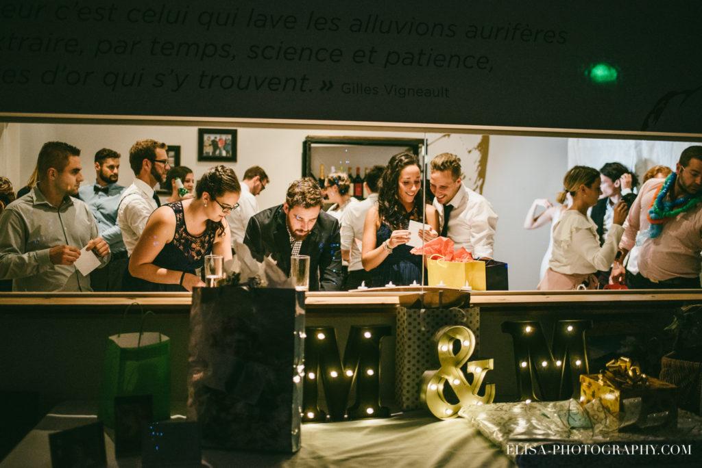 mariage-salle-de-reception-discours-raisins-rose-vignoble-orpailleur-dunham-photo-4856