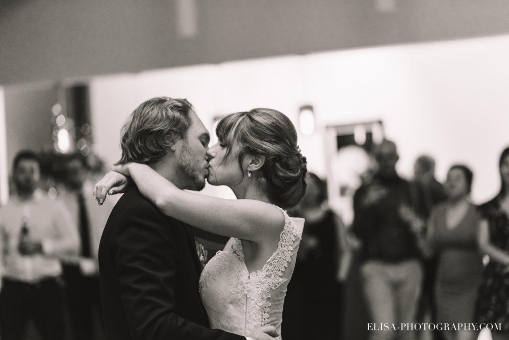 mariage-salle-de-reception-discours-raisins-rose-vignoble-orpailleur-dunham-photo-4923