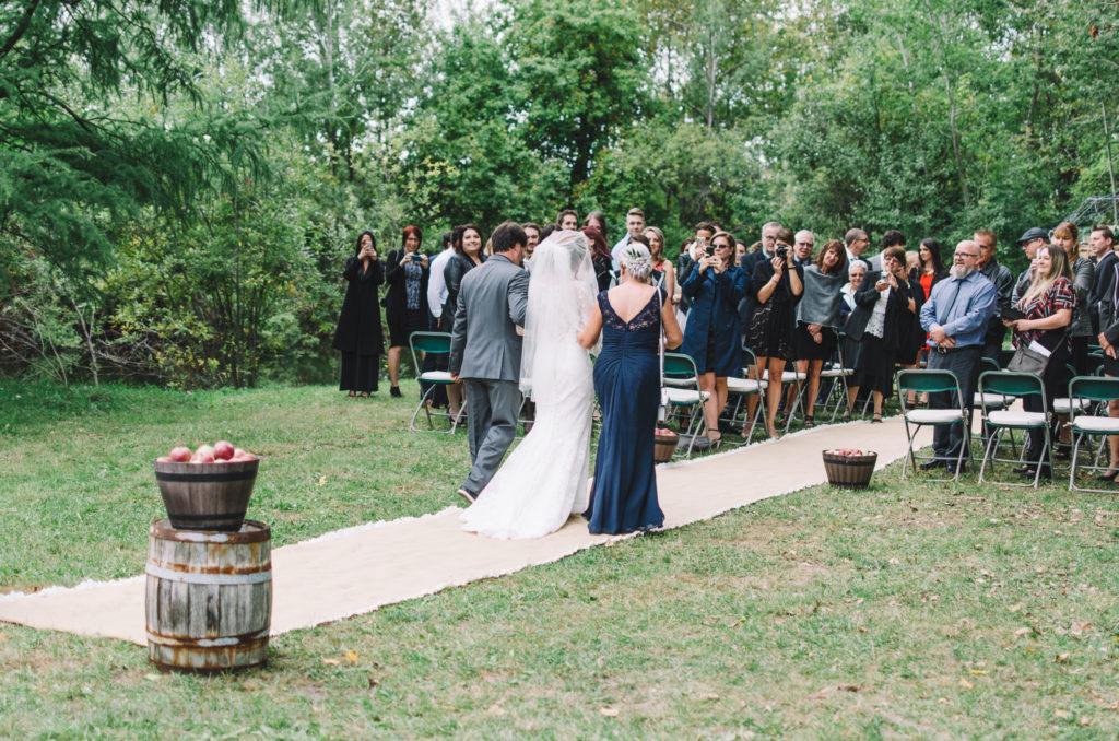 mariage-ceremonie-ceremony-pommes-apple-domaine-verger-dunham-photo-0128