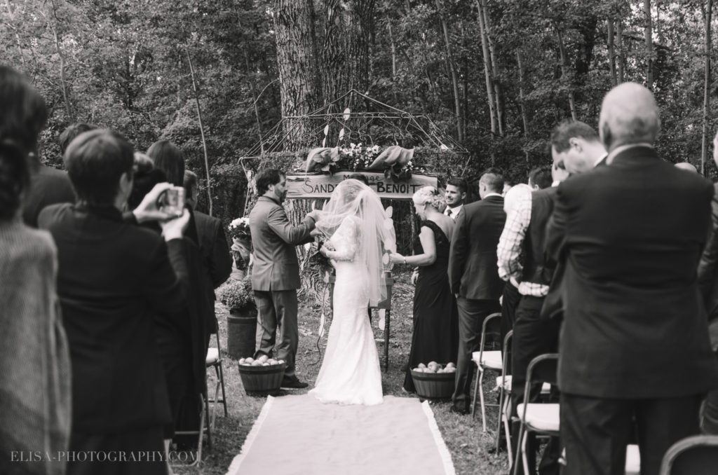 mariage-ceremonie-ceremony-pommes-apple-domaine-verger-dunham-photo-0132