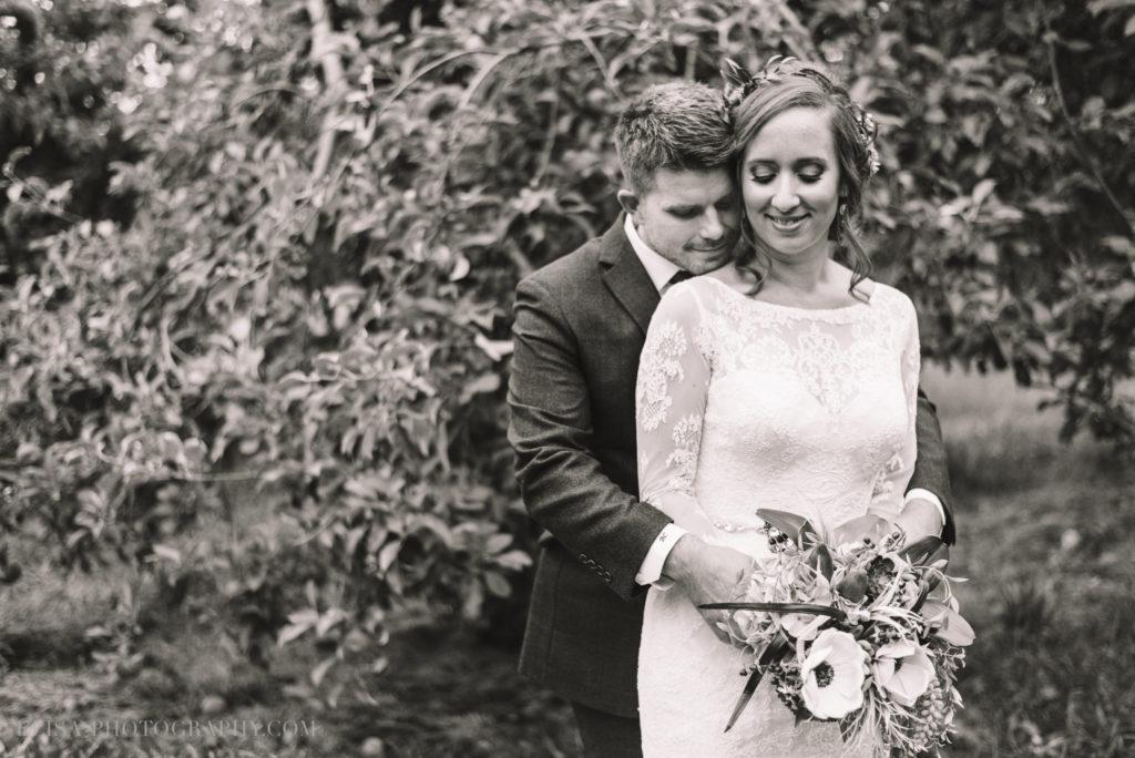 mariage-portrait-couple-pommes-apple-domaine-verger-dunham-photo-7257