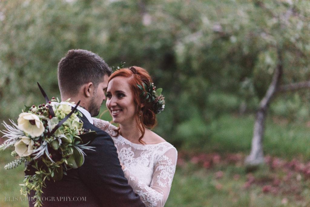 mariage-portrait-couple-pommes-apple-domaine-verger-dunham-photo-7403
