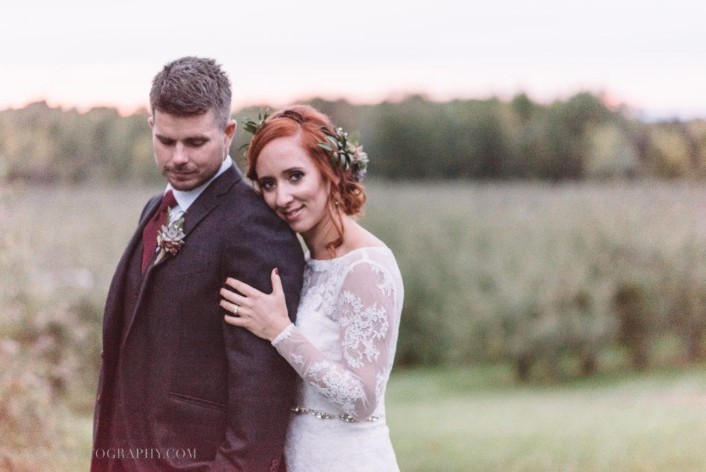 mariage-portrait-couple-pommes-apple-domaine-verger-dunham-photo-7411