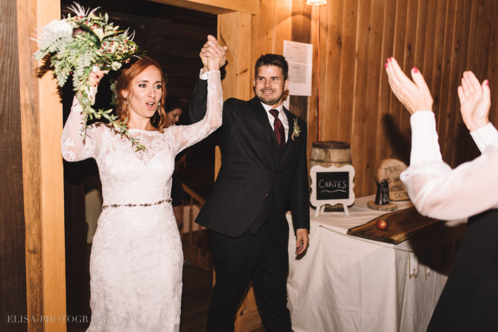 mariage-reception-entree-des-maries-pommes-apple-domaine-verger-dunham-photo-7520