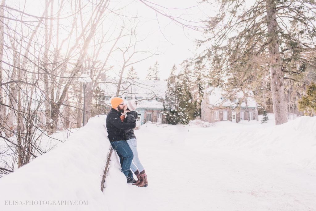 fiancailles ville quebec hiver winter engagement hot chocolate chocolat chaud photo 2 1024x684 - Séance fiançailles dans la neige: Audrey-Ann + Pascal