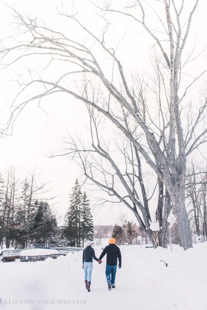 fiancailles ville quebec hiver winter engagement hot chocolate chocolat chaud photo 5 684x1024 - Séance fiançailles dans la neige: Audrey-Ann + Pascal