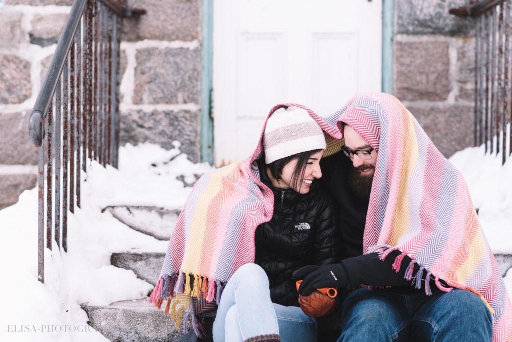 fiancailles ville quebec hiver winter engagement hot chocolate chocolat chaud photo 5906 1024x684 - Séance fiançailles dans la neige: Audrey-Ann + Pascal