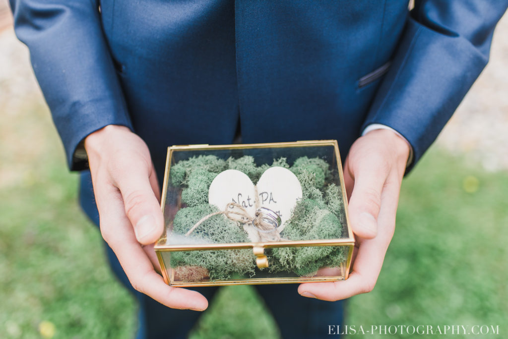 mariage classique bagues coffret auberge des gallants photo 2168 1024x684 - Mariage bohème sur le bord de l'eau, Rigaud: Natacha & Pierre-Alexandre