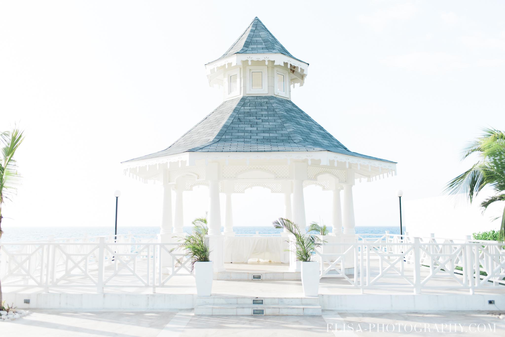 mariage de rêve à destination cérémonie éventail bouquet mouchoir gazebo mer grand bahia principe jamaïque photo 5639 - Les 12 endroits les plus romantiques pour votre mariage à destination
