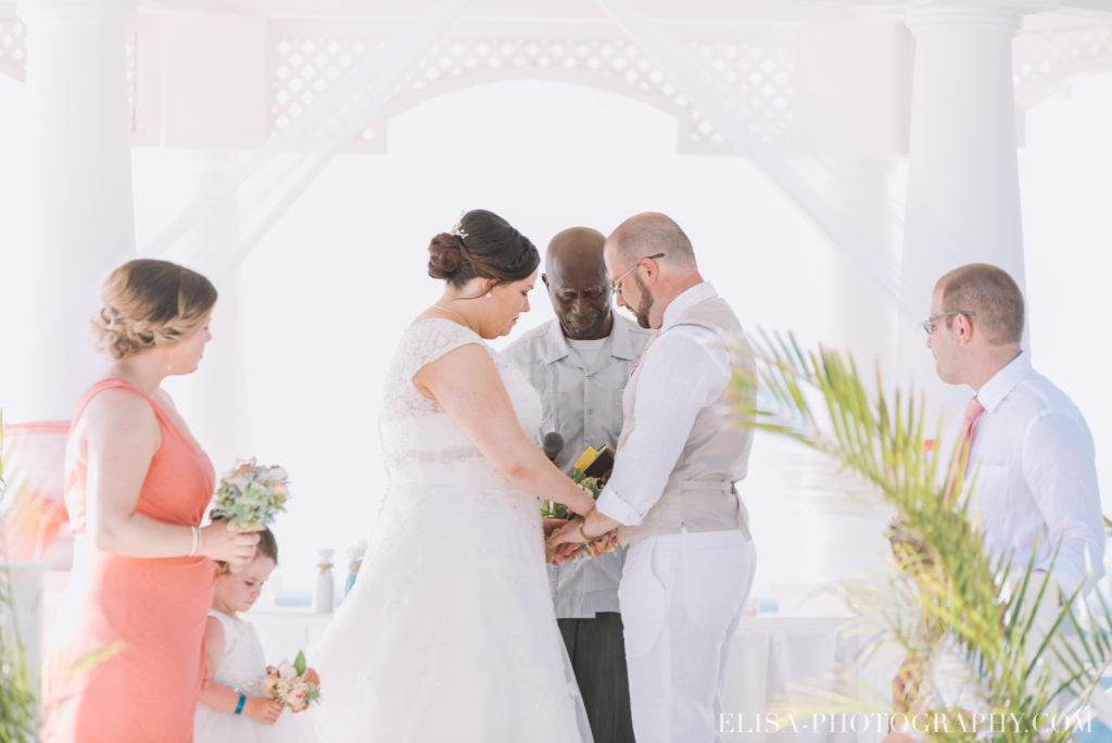 mariage de rêve à destination cérémonie mariée mer grand bahia principe jamaïque photo 4895 1024x684 - Un mariage de rêve à destination de la Jamaïque: Mindy & Mathieu