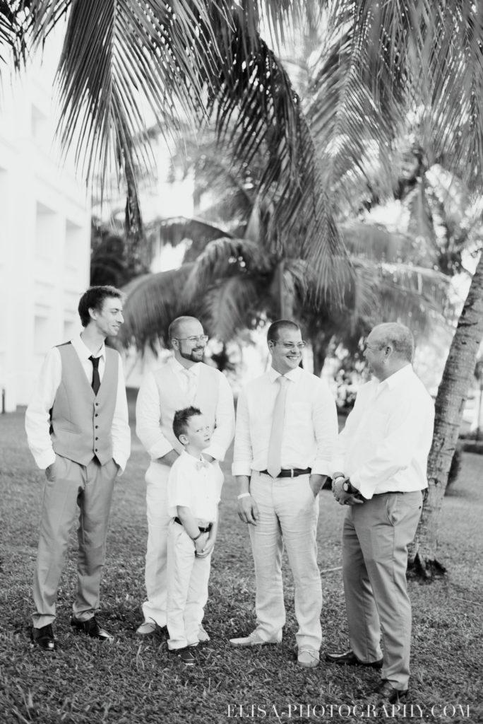 mariage de rêve à destination groom cravate marié préparation grand bahia principe jamaïque photo 4744 684x1024 - Un mariage de rêve à destination de la Jamaïque: Mindy & Mathieu