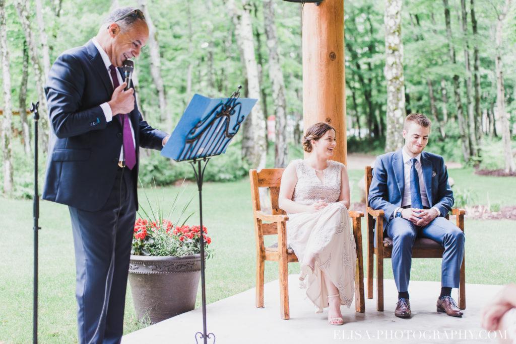 mariage français cérémonie chalet bois rond québec photo 6901 1024x684 - Mariage avec une touche vintage dans un chalet en bois ronds: Marine & François-Rémi