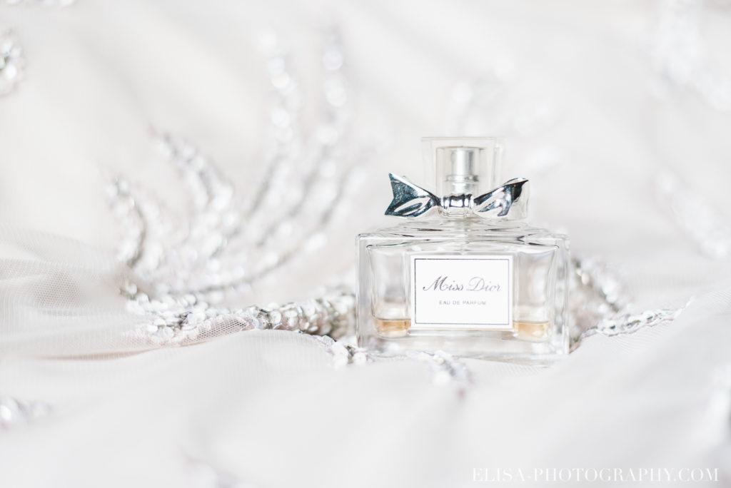 mariage francais miss dior parfum chalet bois rond québec photo 6687 1024x684 - Mariage avec une touche vintage dans un chalet en bois ronds: Marine & François-Rémi