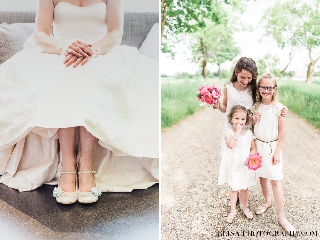 MARIAGE souliers bleu mariée fille famille pivoines rose le germain charlevoix photo 1024x768 - Mariage en toute élégance à l'hôtel Le Germain de Charlevoix: Véronique & Eric