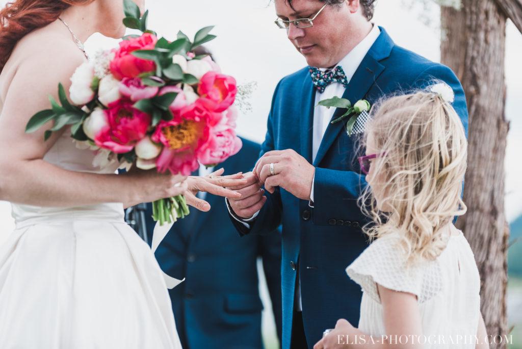 mariage cérémonie bague baiser kiss le germain charlevoix photo 9258 1024x684 - Mariage en toute élégance à l'hôtel Le Germain de Charlevoix: Véronique & Eric