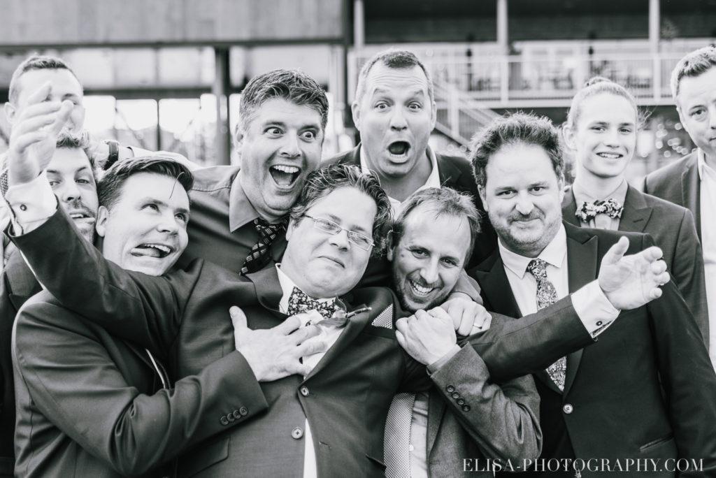 mariage groupe couple mariée marié amis montagne champs le germain charlevoix photo 9852 1024x684 - Mariage en toute élégance à l'hôtel Le Germain de Charlevoix: Véronique & Eric