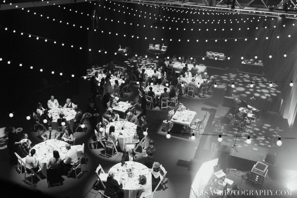 mariage réception entrée des mariés le germain charlevoix photo 9895 1024x684 - Mariage en toute élégance à l'hôtel Le Germain de Charlevoix: Véronique & Eric