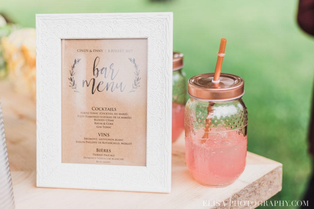 photo mariage cocktail table de signatures vieux presbytère batiscan 3109 1024x684 - Mariage au vieux presbitère de Batiscan: Cindy & Dany