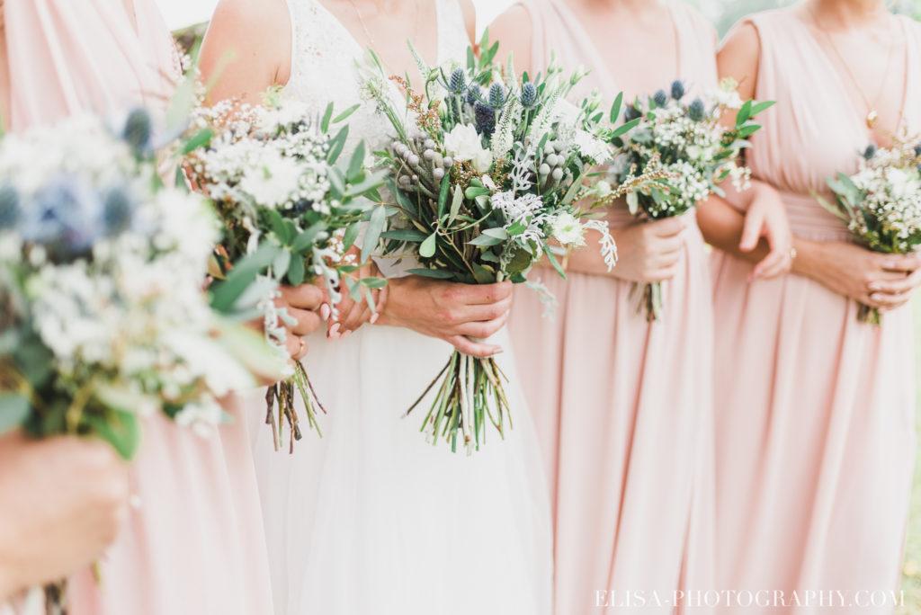 photo mariage demoiselles honneur mariée bouquets vieux presbytère batiscan 2327 1024x684 - Mariage au vieux presbitère de Batiscan: Cindy & Dany