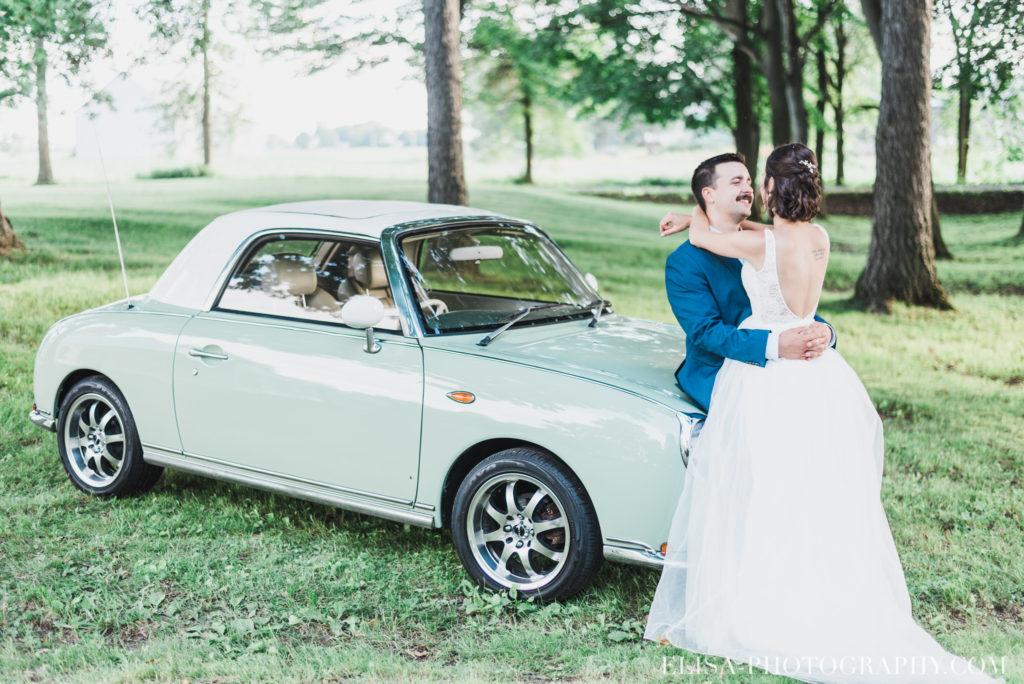 photo mariage portrait des mariés vielle auto époque antiquité vieux presbytère batiscan 3320 1024x684 - Mariage au vieux presbitère de Batiscan: Cindy & Dany