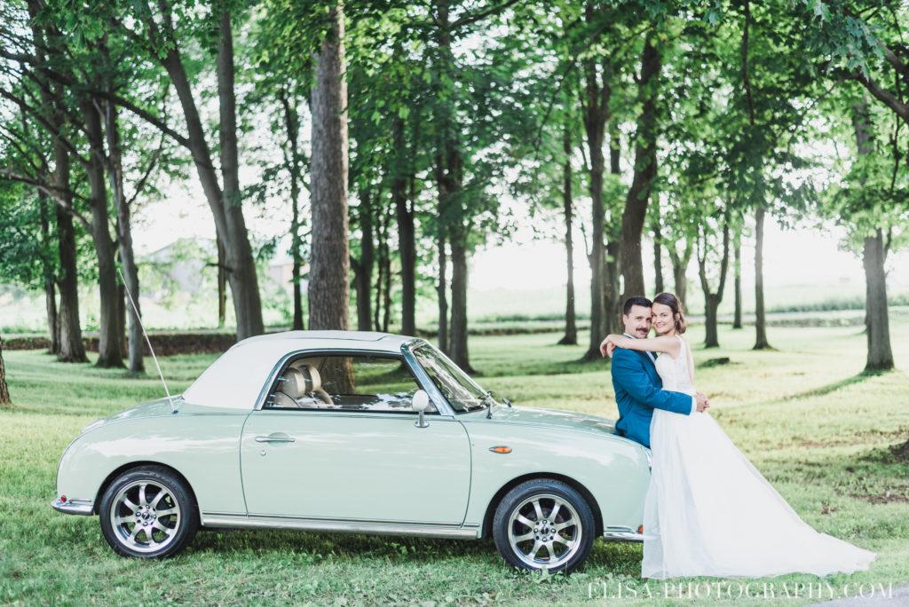 photo mariage portrait des mariés vielle auto époque antiquité vieux presbytère batiscan 3325 1024x684 - Mariage au vieux presbitère de Batiscan: Cindy & Dany