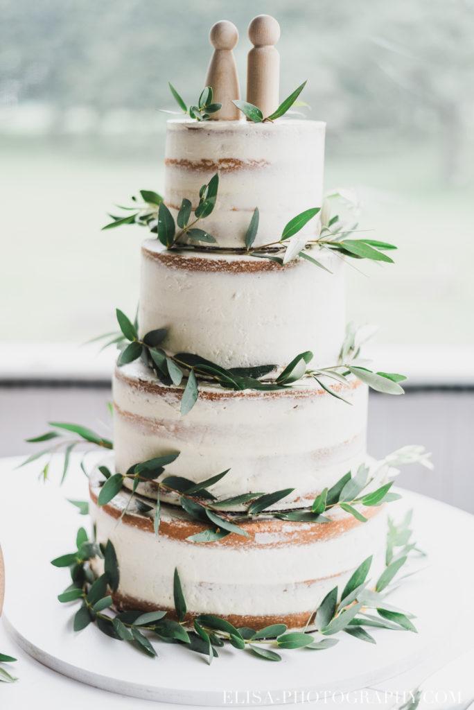 photo mariage réception gâteau vieux presbytère batiscan 3204 684x1024 - Mariage au vieux presbitère de Batiscan: Cindy & Dany