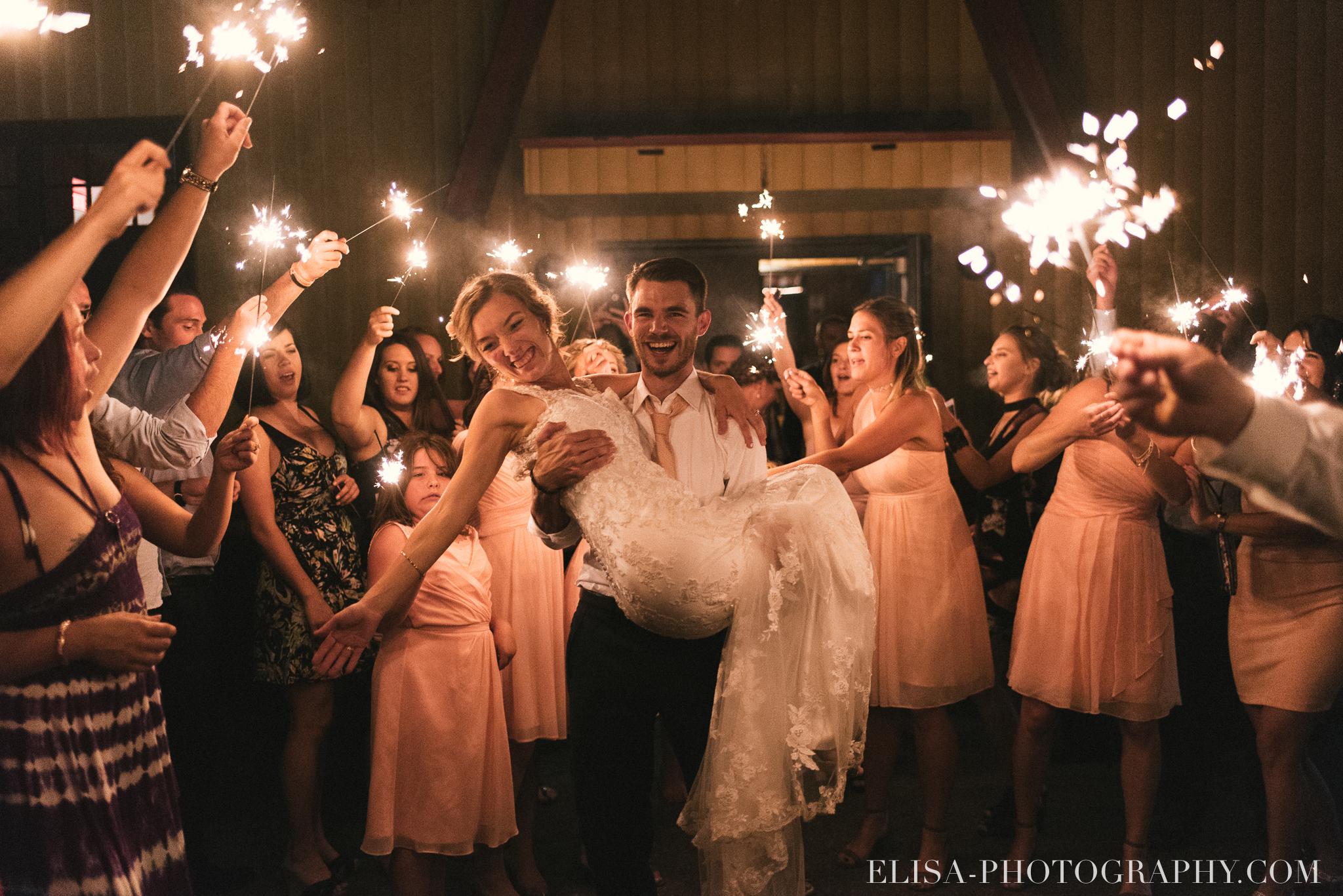 photo réception mariage feux de bengal sparklers station duchesnay ville de québec 6237 - Galerie photos de mariage