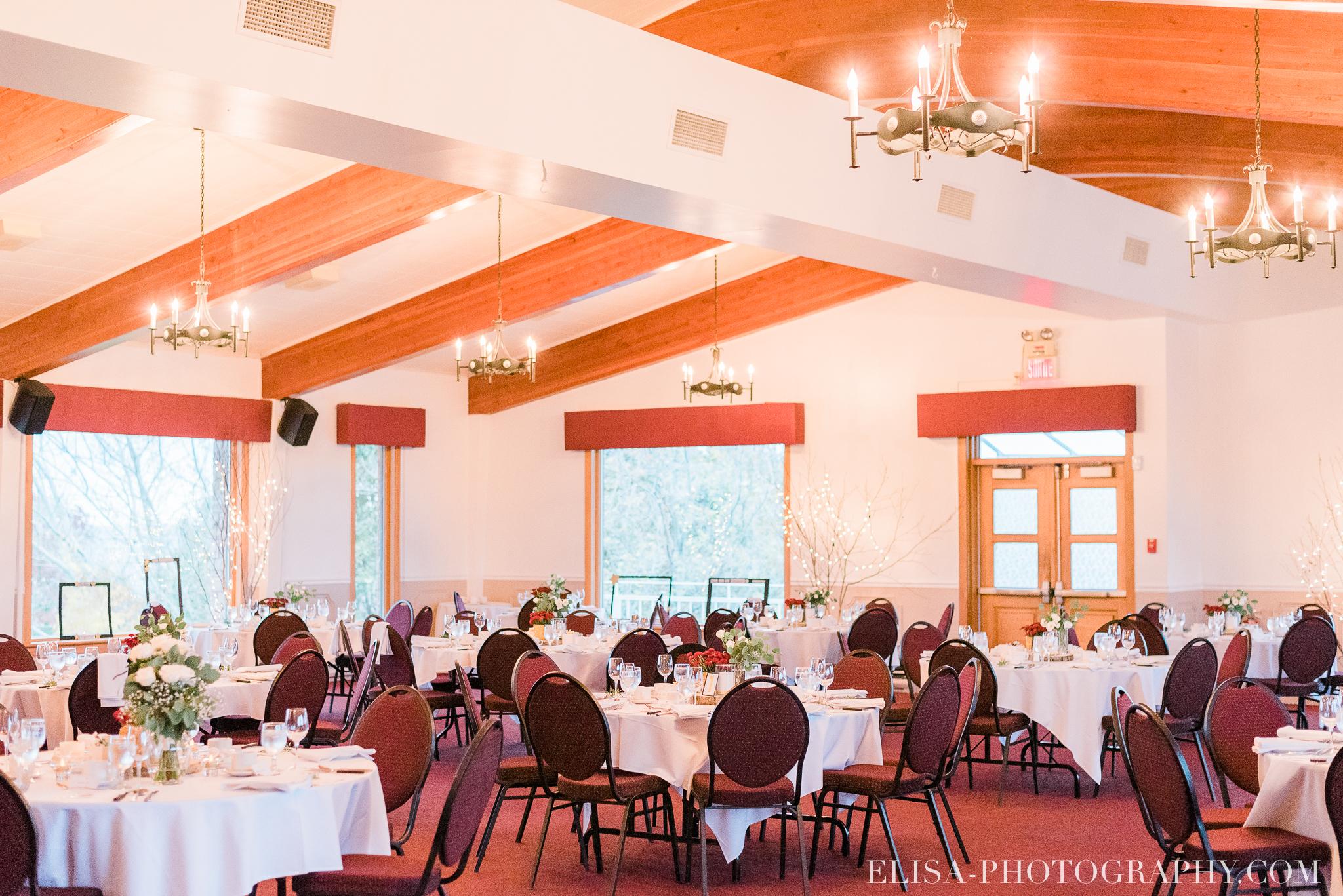 photo mariage reception toast coupe du gateau ville de quebec golf de cap rouge 8318 - Mariage au Golf de Cap-Rouge, ville de Québec: Stéphanie & William