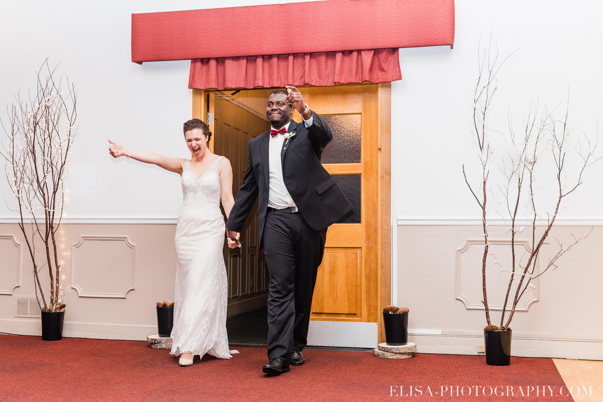 photo mariage reception toast coupe du gateau ville de quebec golf de cap rouge 8405 - Mariage au Golf de Cap-Rouge, ville de Québec: Stéphanie & William