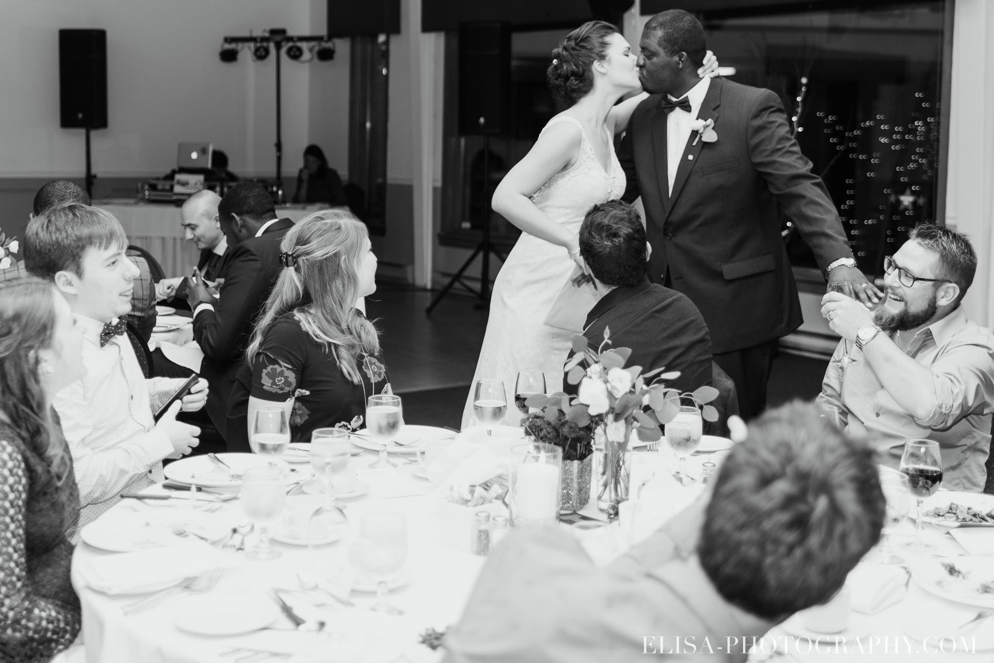 photo mariage reception toast coupe du gateau ville de quebec golf de cap rouge 8447 - Mariage au Golf de Cap-Rouge, ville de Québec: Stéphanie & William