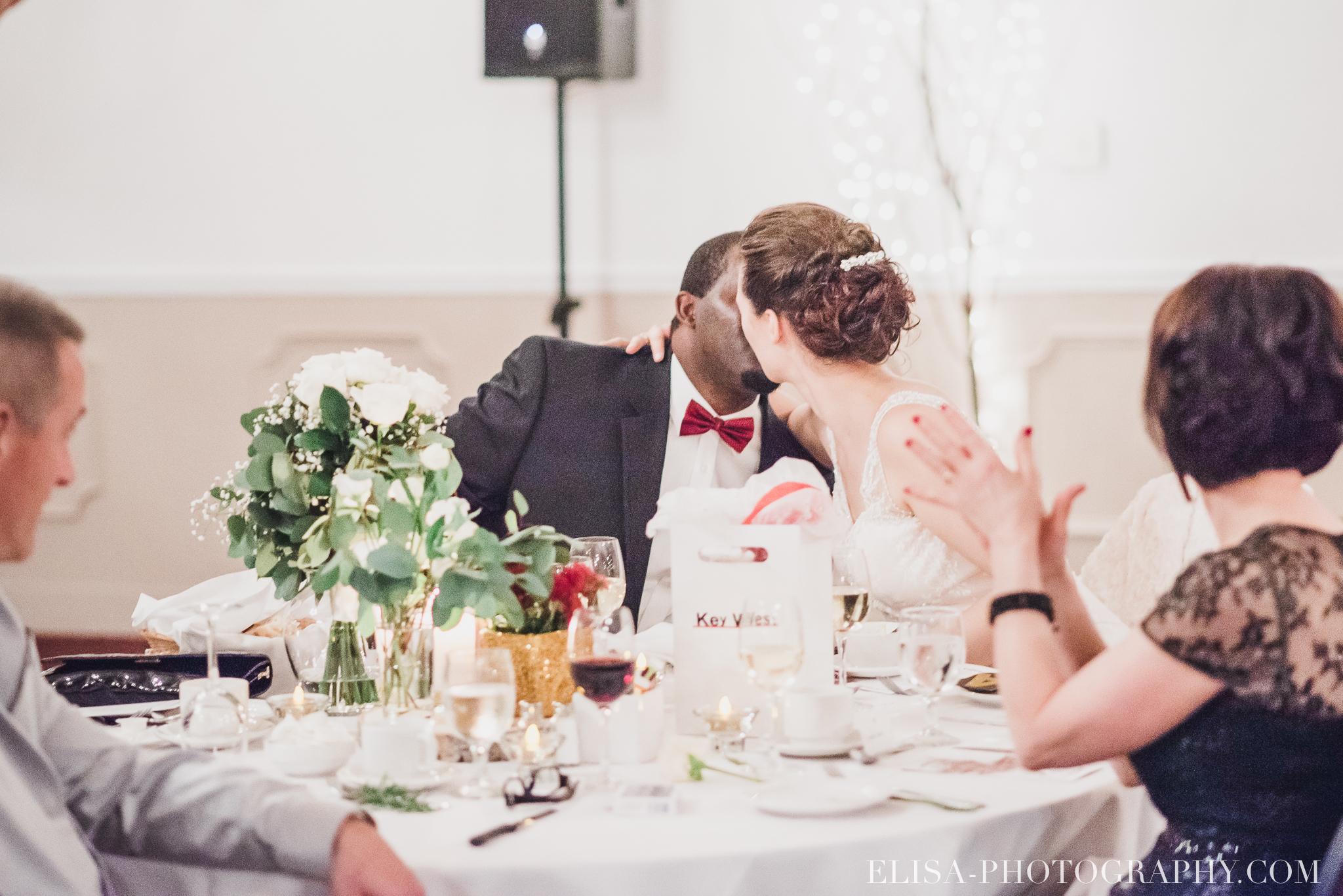 photo mariage reception toast coupe du gateau ville de quebec golf de cap rouge 8530 - Mariage au Golf de Cap-Rouge, ville de Québec: Stéphanie & William