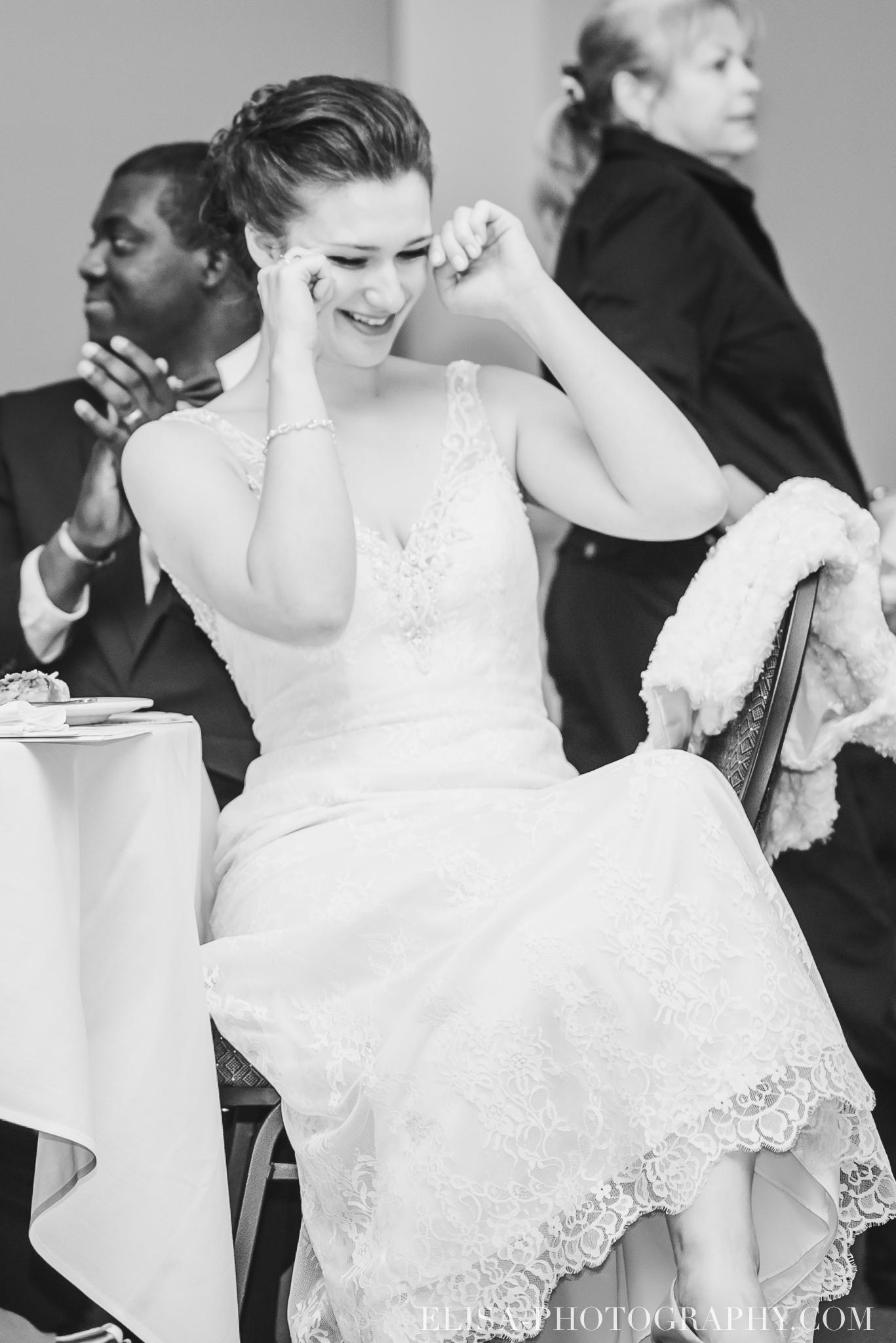 photo mariage reception toast coupe du gateau ville de quebec golf de cap rouge 8587 - Mariage au Golf de Cap-Rouge, ville de Québec: Stéphanie & William