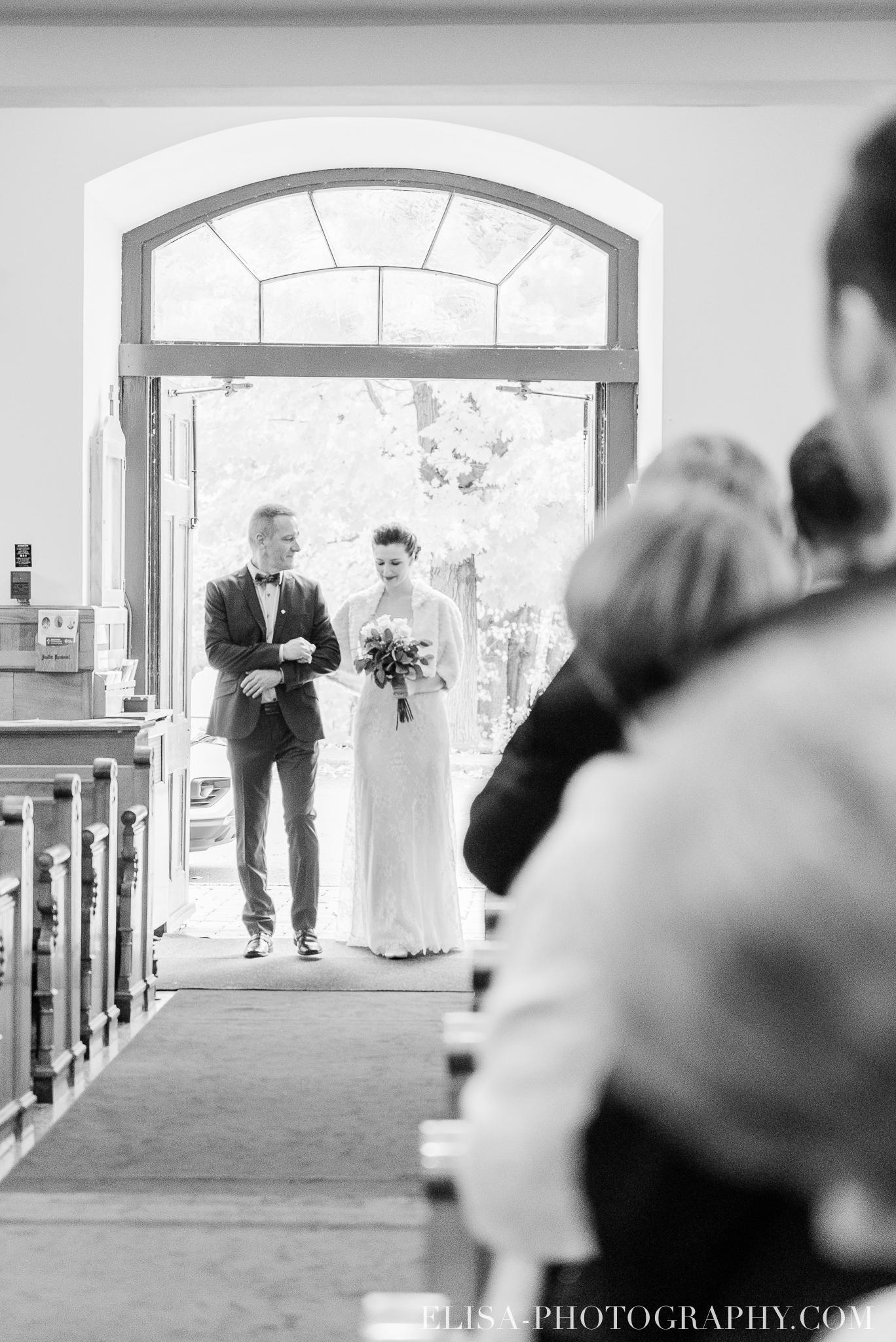 photo mariage ville quebec automne ceremonie eglise de cap rouge 7358 - Mariage au Golf de Cap-Rouge, ville de Québec: Stéphanie & William