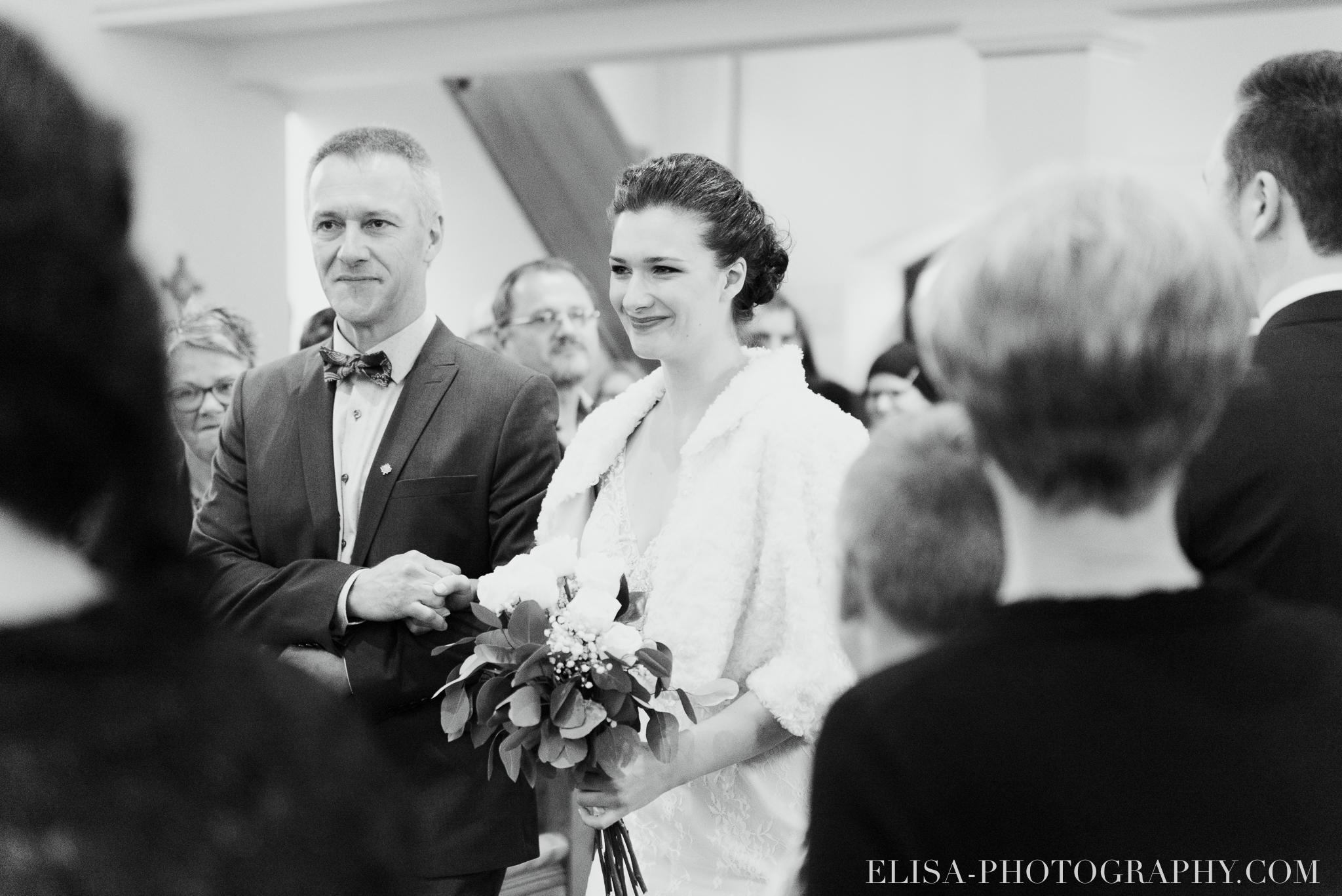 photo mariage ville quebec automne ceremonie eglise de cap rouge 7367 - Mariage au Golf de Cap-Rouge, ville de Québec: Stéphanie & William