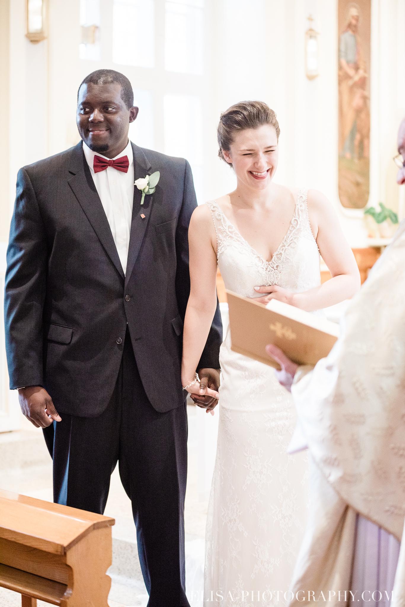 photo mariage ville quebec automne ceremonie eglise de cap rouge 7501 - Mariage au Golf de Cap-Rouge, ville de Québec: Stéphanie & William