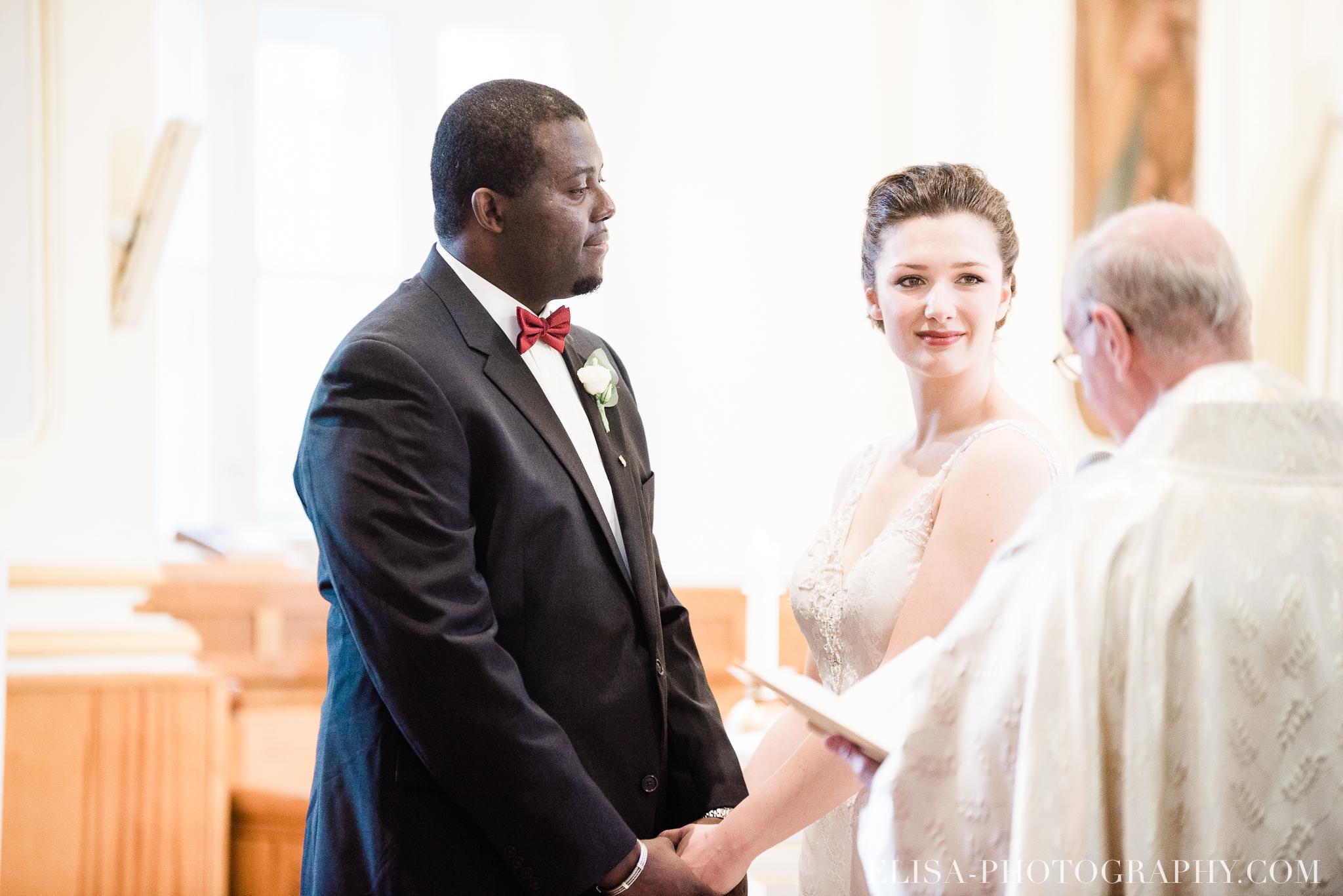 photo mariage ville quebec automne ceremonie eglise de cap rouge 7522 - Mariage au Golf de Cap-Rouge, ville de Québec: Stéphanie & William