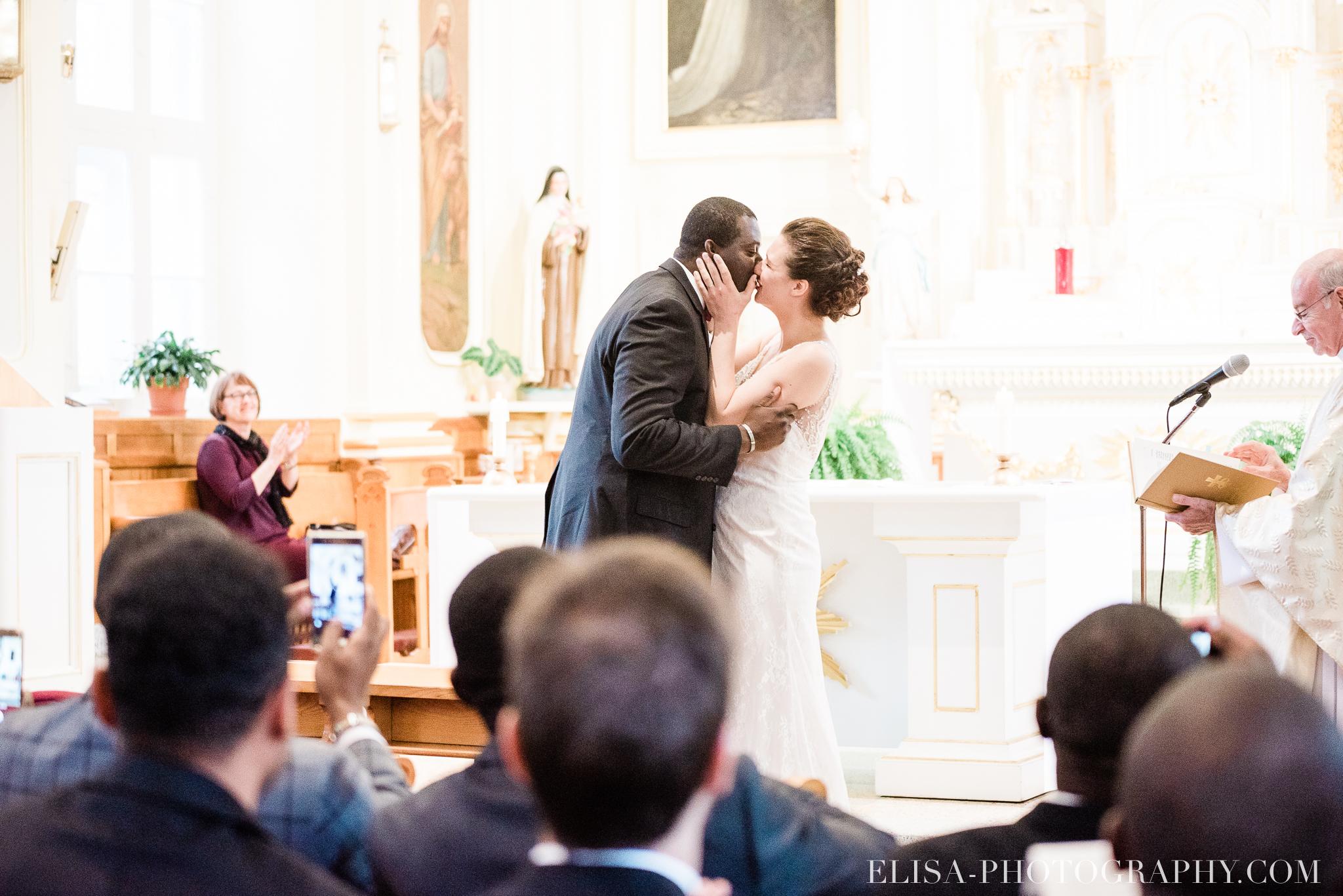photo mariage ville quebec automne ceremonie eglise de cap rouge 7602 - Mariage au Golf de Cap-Rouge, ville de Québec: Stéphanie & William