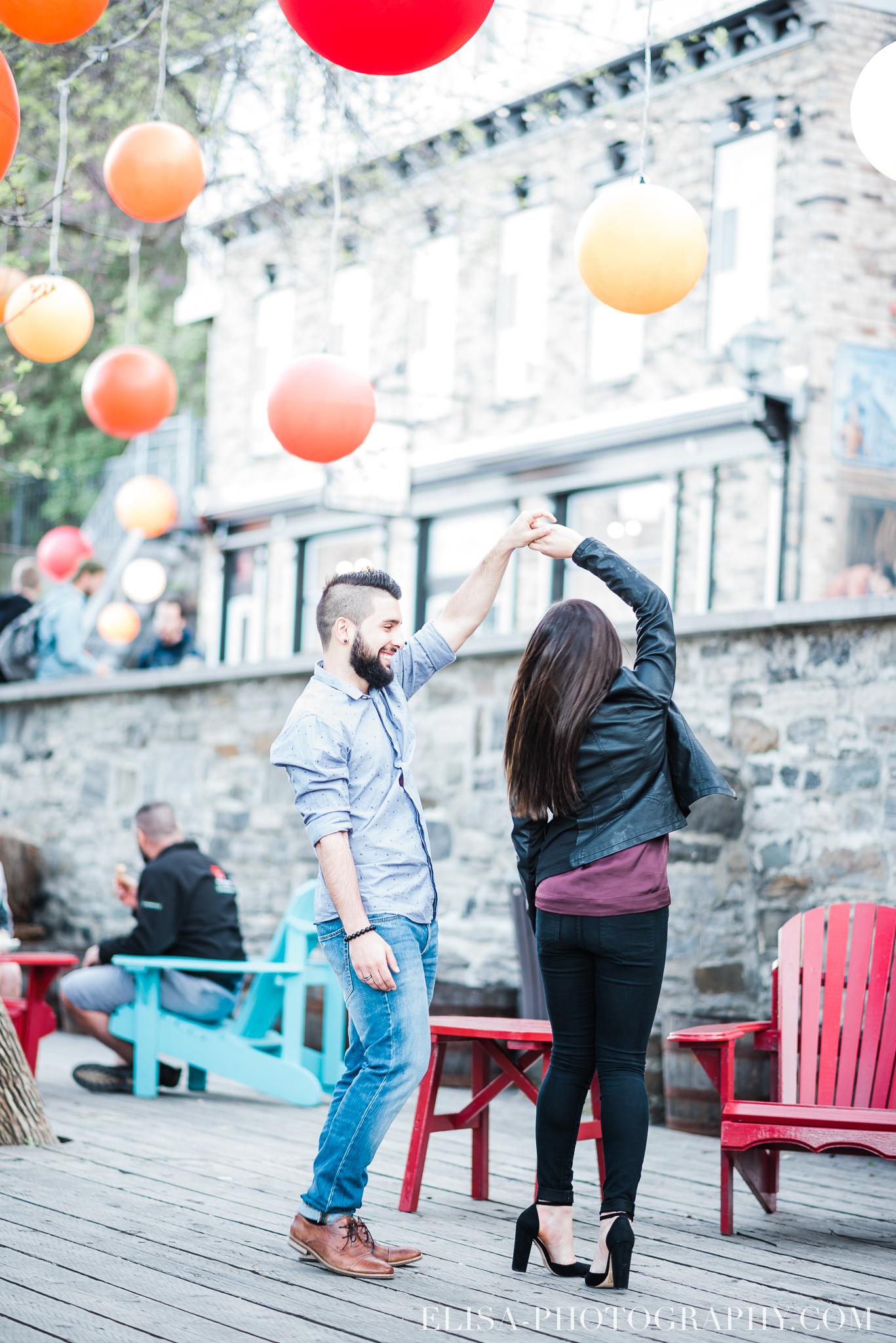 photo COUPLE petit champlain quebec 8875 - Photos de couple dans le Petit Champlain à Québec