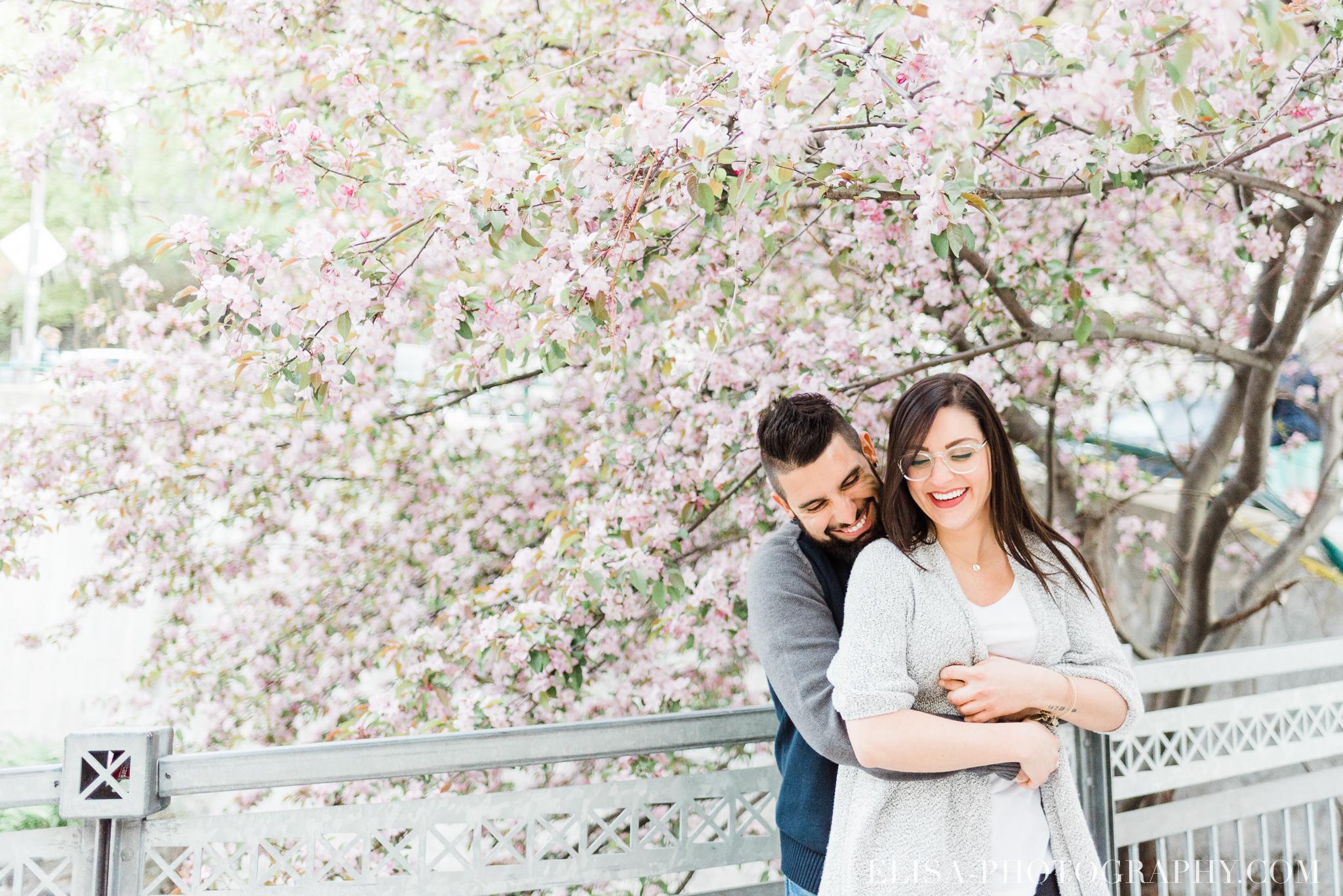photo COUPLE petit champlain quebec 9021 - Photos de couple dans le Petit Champlain à Québec