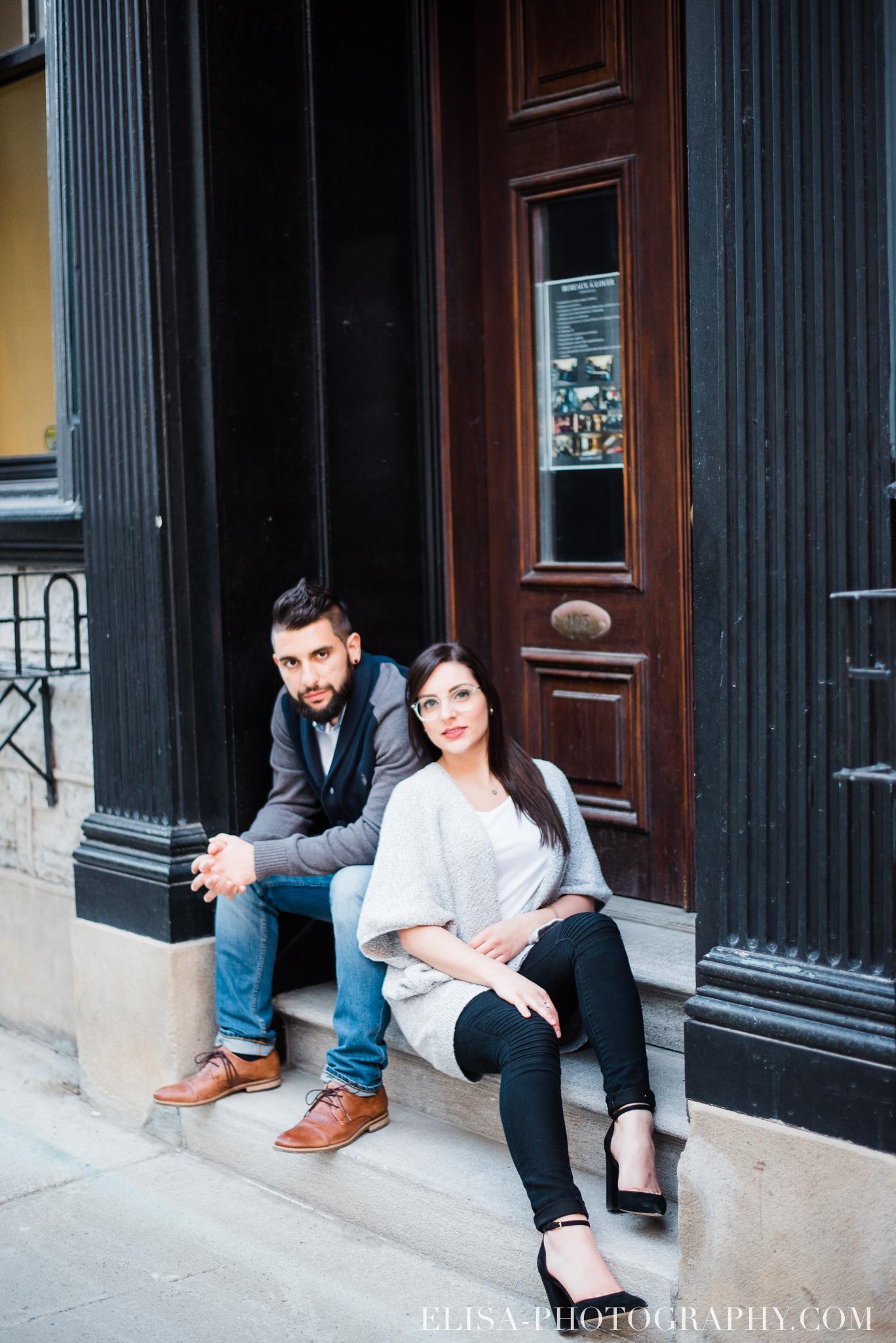 photo COUPLE petit champlain quebec 9084 - Photos de couple dans le Petit Champlain à Québec