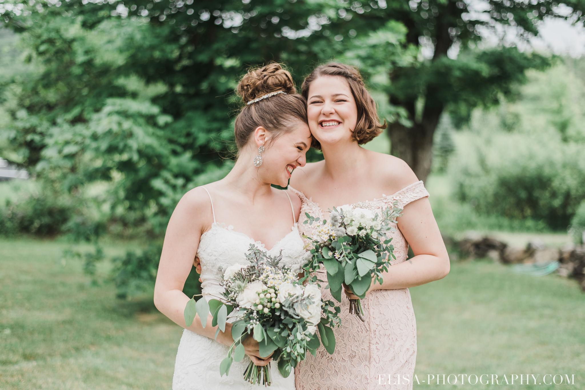 photo mariage a la montagne domaine tomali maniatin cocktail hors oeuvre demoiselles honneur bouquets pivoines 6501 - Galerie photos de mariage