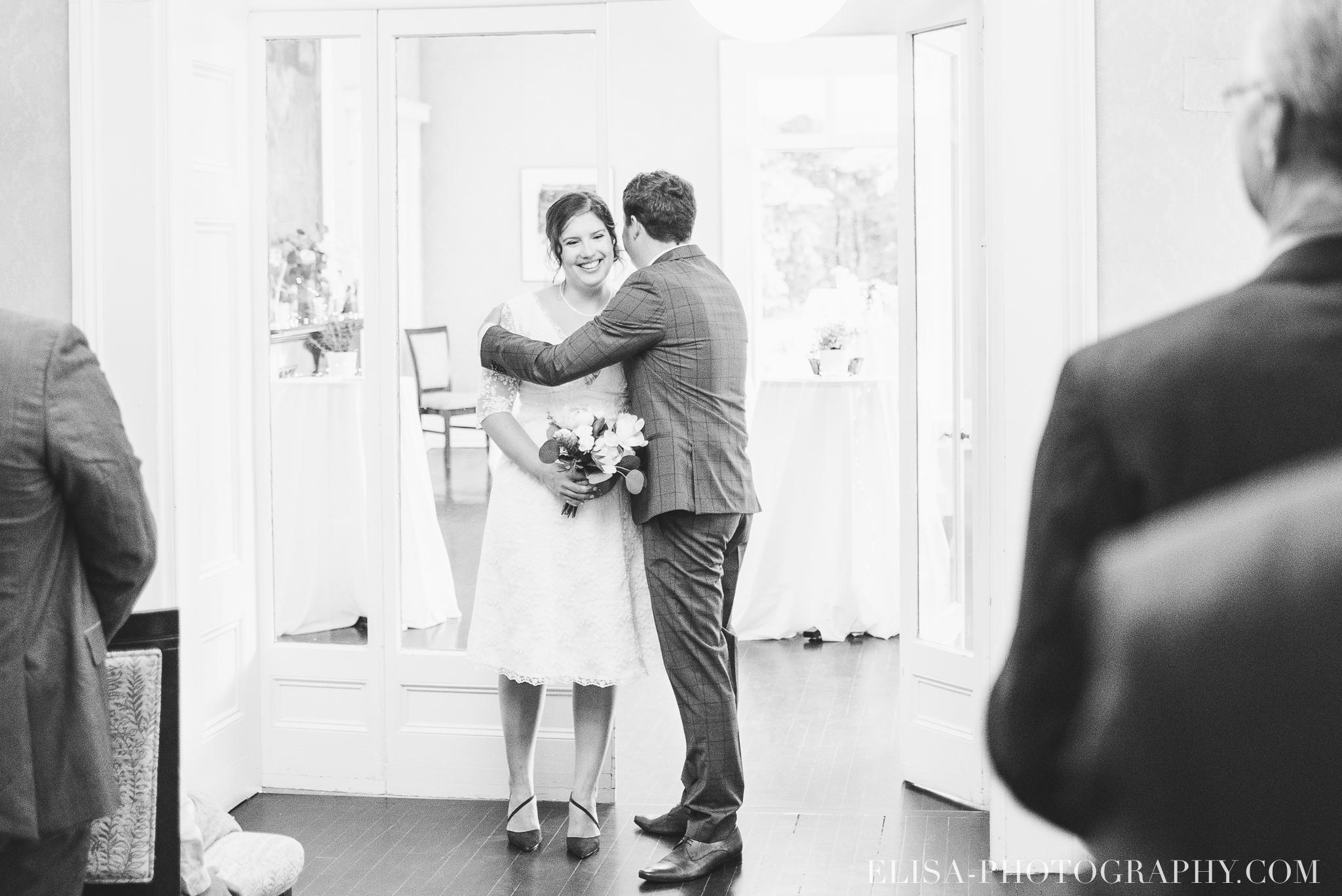 photo mariage domaine cataraqui wedding echange bagues voeux salle ceremonie 2229 - Mariage d'inspiration anglaise au domaine Cataraqui