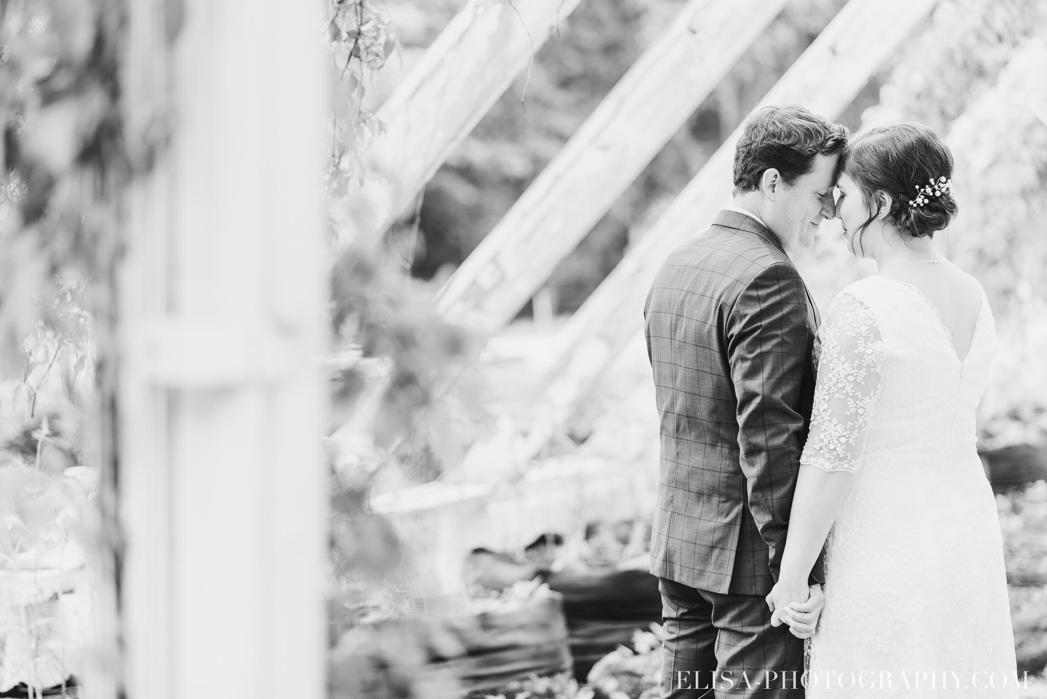 photo mariage domaine cataraqui wedding portrait couple inspiration anglaise jardin ville de quebec 2570 - Mariage d'inspiration anglaise au domaine Cataraqui