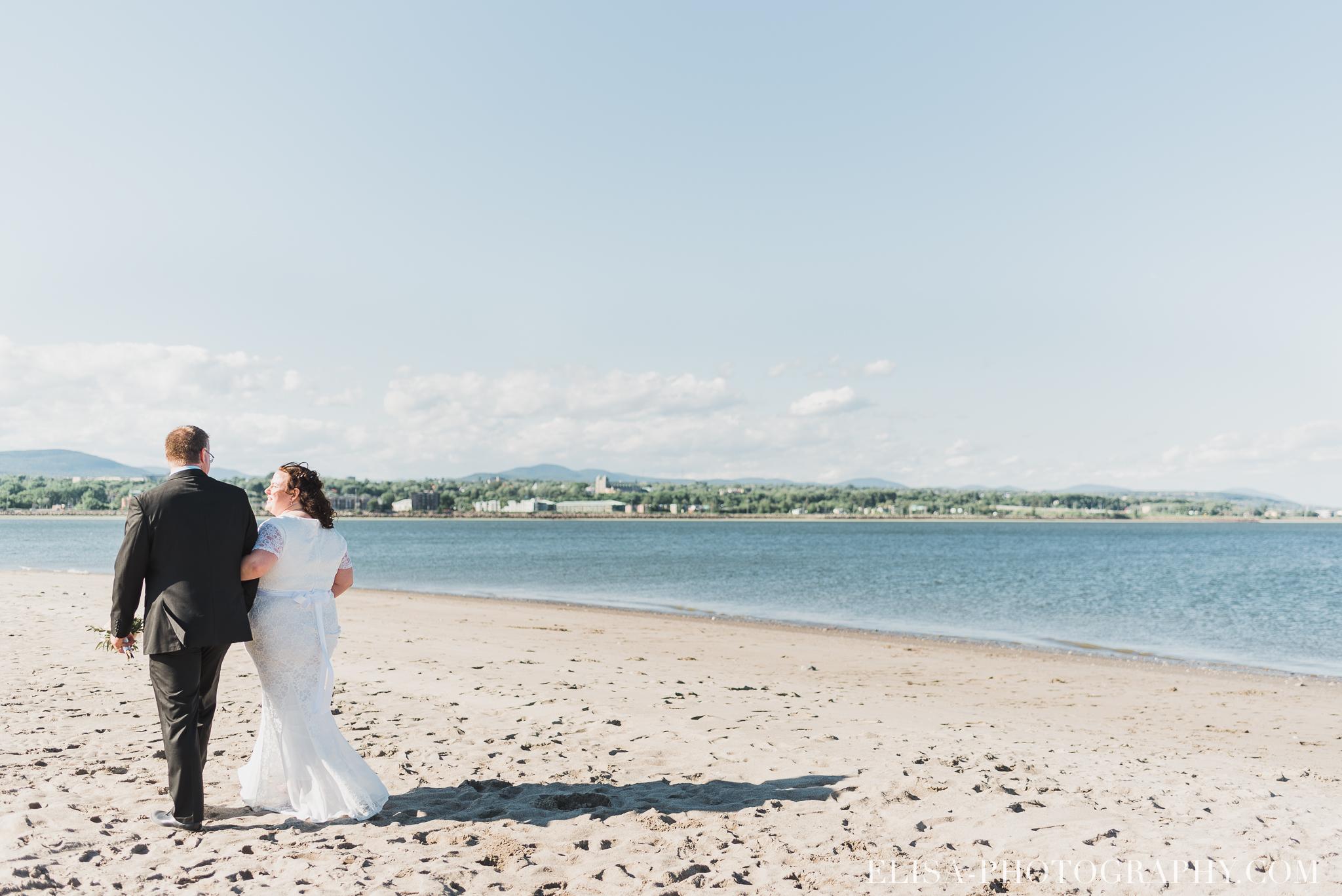 photo mariage portrait couple naturel fleuve riviere plage quai 8372 - Mariage à la plage de la baie de Beauport