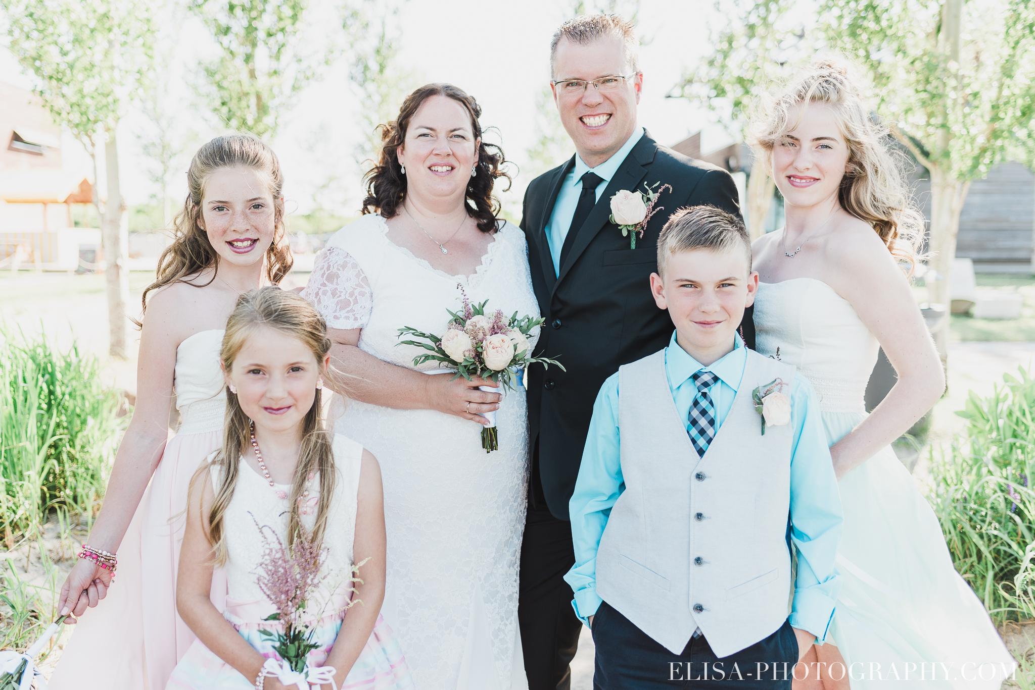 photo mariage portrait famille naturel ado 8323 - Mariage à la plage de la baie de Beauport