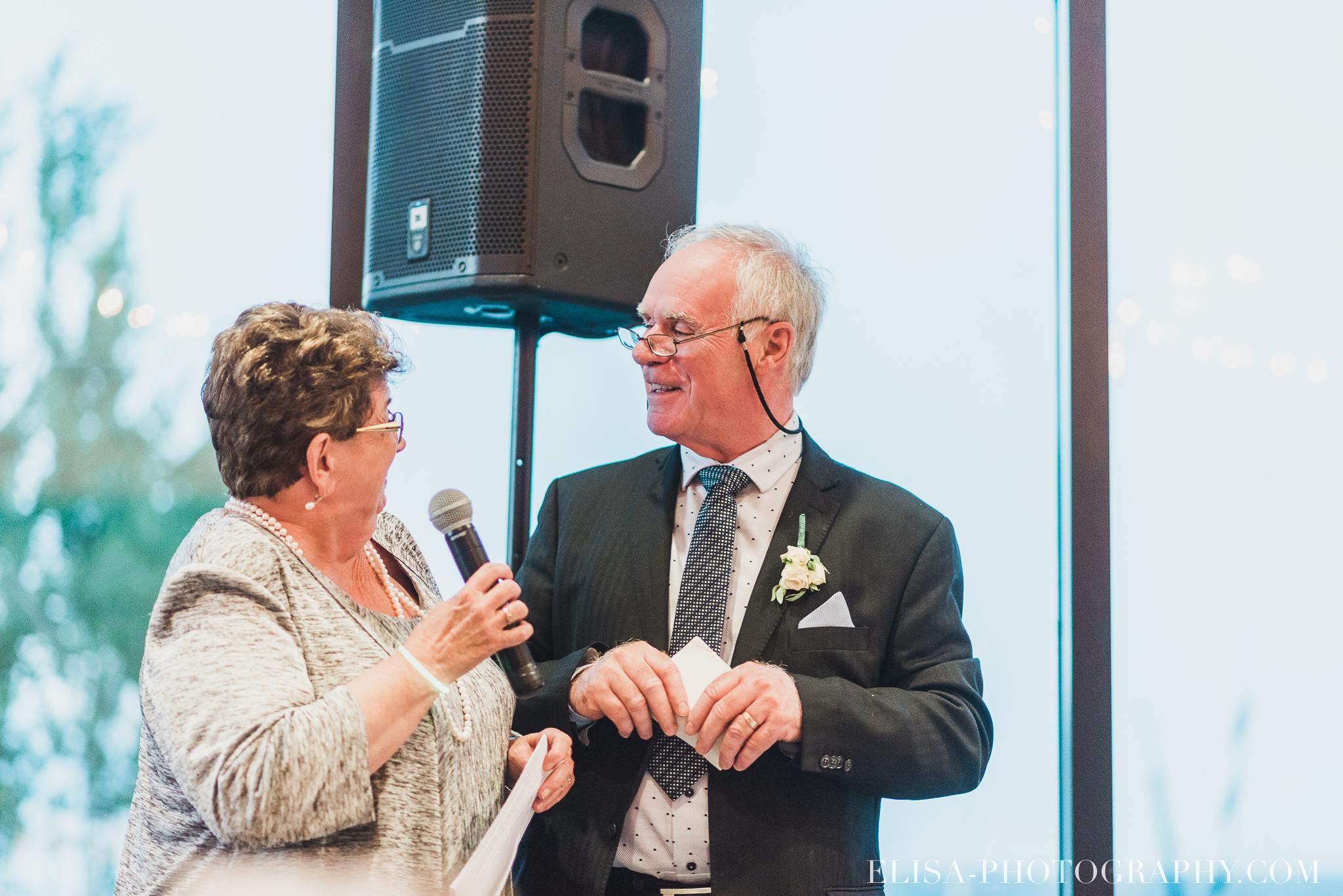 photo mariage quebec baie beauport reception fete danse des maries jeux soulier 8836 - Mariage à la plage de la baie de Beauport